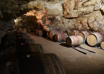 Dans le cave de Pierre Breton