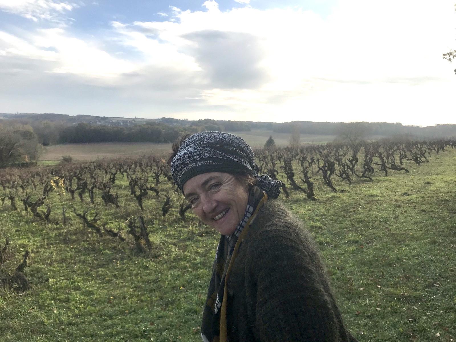 Filles de vignes, ép. 5 : La main amoureuse